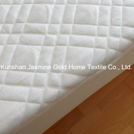 250GSM Bamboo Fibers Jacquard Fabric with TPU Waterproof Mattress Protector