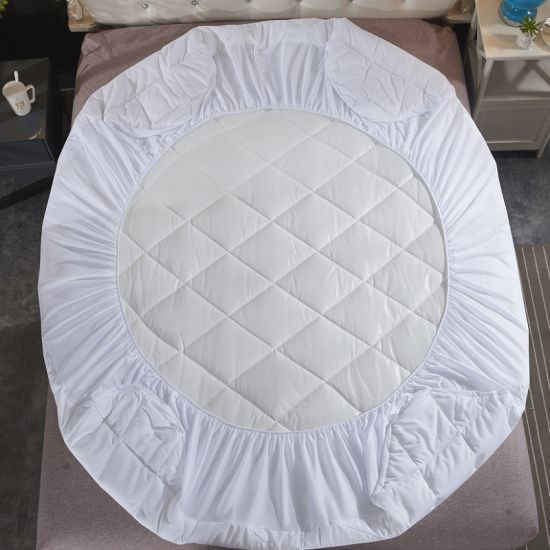 China Factory Wholesale Cheap Microfiber Waterproof Quilted Mattress Protector/Protects Against Bed Bugs/Fluids/Dust Mites