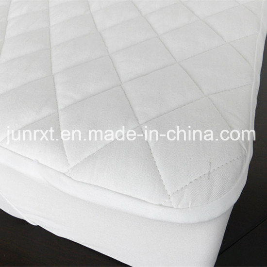 Factory Customized Size Breathable Waterproof Organic Quilted Mattress Protector for Hotel