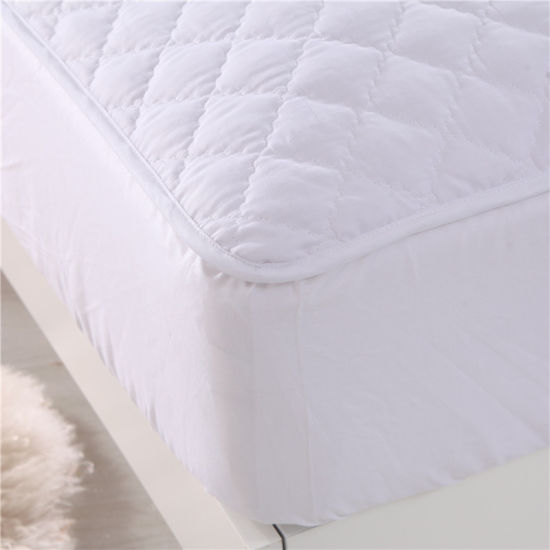 Queen Size Comfortable Quilted Fiberfill Mattress Protector
